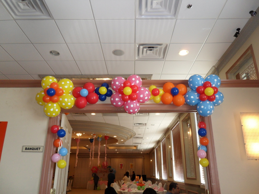 Flower power party party decorations by teresa for Baby welcome party decoration ideas