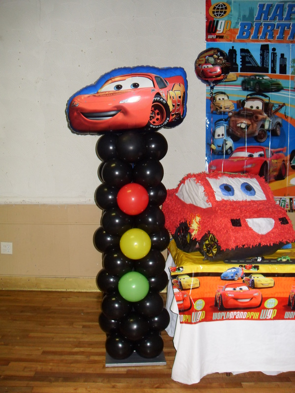 Cars party party decorations by teresa for Balloon decoration cars theme