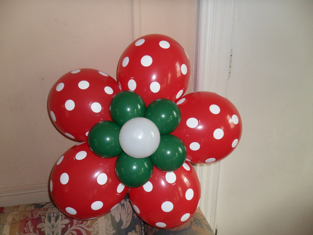 Balloon Flower Wall Decoration : Christmas flower party decorations by teresa