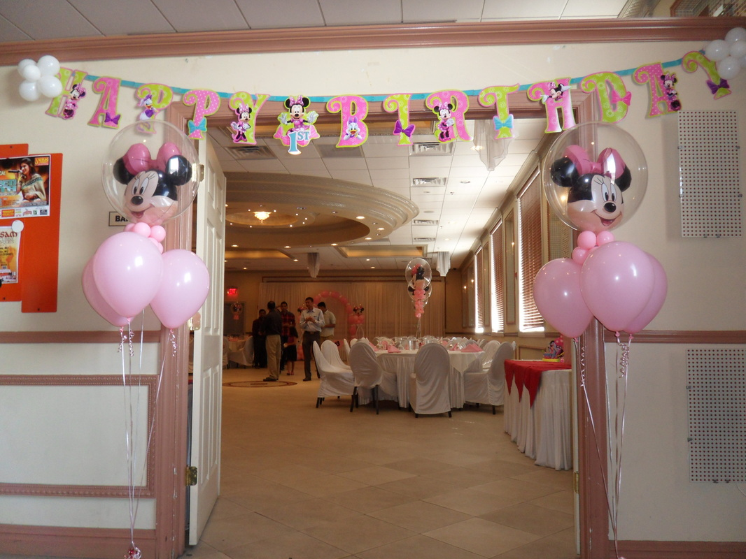Minnie mouse party 2 party decorations by teresa for 1st birthday hall decoration ideas