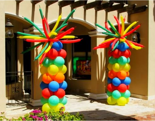 Catalog party decorations by teresa for Balloon column decoration